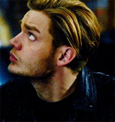 With Tenor, maker of GIF Keyboard, add popular Jace animated GIFs to your conversations. Shadowhunters Series, Shadowhunters The Mortal Instruments, Androgynous Haircut, Jace Lightwood, Clary And Jace, Gallagher Girls, Dominic Sherwood, Gilbert Blythe, Clace
