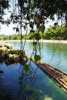 Rafting on the Rio Grande in Port Antonio, Jamaica. Relax and enjoy! Rio Grande, Rafting Tour, Fun World, Jamaica, Natural Beauty, Tours, Island, Adventure, Rivers