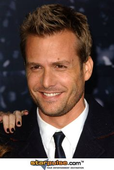 He plays a total TOOL in Middle Men, but is so hot in real life! Gabriel Macht...mmmmm