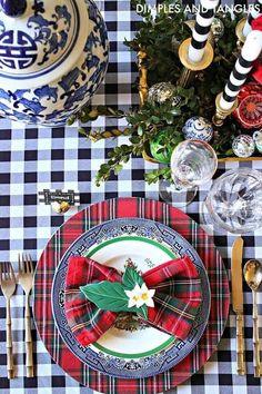 Blue Christmas Decor, Tartan Christmas, Christmas Tabletop, Spode Christmas Tree, Christmas Table Settings, Christmas Tablescapes, Christmas Table Decorations, Christmas Home, White Christmas