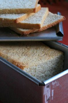 Pan carré integrale con pasta madre Biscotti, Bread Recipes, Estate, Pizza, Genere, Food, Breads, Vegetarian Cooking, Essen