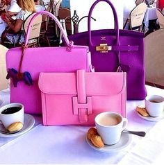 Chic Friends Who Lunch