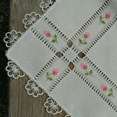 Cross Stitch and Hardanger Hardanger Embroidery, Hand Embroidery Stitches, Ribbon Embroidery, Cross Stitch Embroidery, Cross Stitch Patterns, Embroidery Designs, Crochet Patterns, Drawn Thread, Thread Work