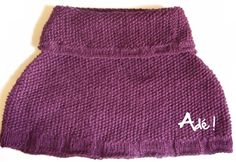 Voilà ma première réalisation en tricot. C'est un chauffe-épaules. Très pratique pour se tenir chaud tout en ayant les bras libres (enfin, c'est mon avis! :D). Les points choisis sont t…