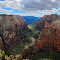 Observation Point, Zion National Park, Utah, USA