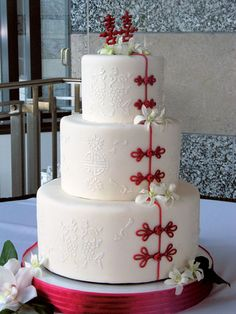 very cute and you can put ur own twist on it. instead of the white flowers, four leaf clovers?