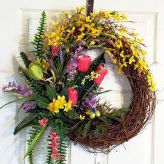 Easter Grapevine Wreath, Spring Summer Wreath, Tulip Wreath, Pink