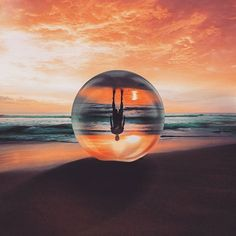 | the lens ball | .. Distortion Photography, Vision Photography, Glass Photography, Reflection Photography, Landscape Photography Tips, Beach Photography, Creative Photography, Amazing Photography, Nature Photography