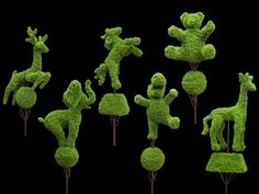 Topiary Animal Shapes           //cute to admire but will never do.