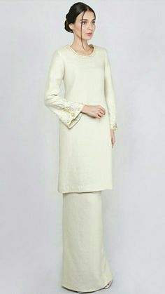 Muslim Fashion, Hijab Fashion, Fashion Outfits, Fashion Styles, Lace Bridesmaid Dresses, Pakistani Outfits, Hijab Outfit, Kebaya, Traditional Outfits