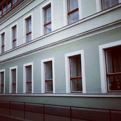 Hármas iskola #oroshaza #oroshaza_ma #magyarorszag #hungary #galaxys 2012 apr 26 Hungary, Garage Doors, Windows, Outdoor Decor, Instagram Posts, Home Decor, Facades, Home Interior Design, Decoration Home