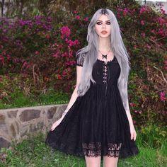 Model: Dayana Melgares Dress: Killstar Welcome to Gothic and Amazing |www.gothicandamazing.com