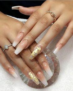 Elegant and Glamorous Wedding Nail Art Designs For Brides Nägel Ideen Licht Elegant and Glamorous Wedding Nail Art Designs For Brides - Page 21 of 22 Gold Acrylic Nails, Acrylic Nail Designs, Gradient Nails, Gold Coffin Nails, Gold Nail Designs, Acrylic Nails Coffin Kylie Jenner, White Gold Nails, Art Designs, Holographic Nails Acrylic