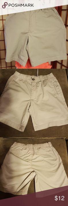 ARMANI  MEN  shorts size 28 Armani Exchange  pre loved Armani Exchange Shorts