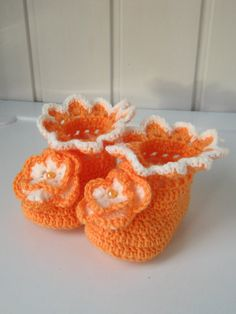 Slippers-crocheted booties