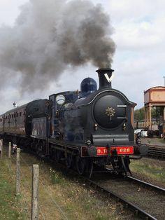 Caledonian 0-6-0 828 leaving Kidderminster (24/09/2011) | Flickr - Photo Sharing!