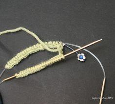 Taijan tekeleet: Kaksi sukkaa yhdellä pyöröllä