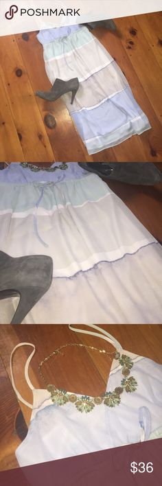 """🆕 LAUREN CONRAD: Midi Dress NWOT.  This is a re-posh.  It was labeled as a maxi dress, however this dress hits just below my knees (I am 5'7"""").  Such a bummer because I fell in love with this dress but I'm hoping to give it a good home.  Beautiful gray, mint and powder blue in color.  Size 8.  Please use the offer button to negotiate pricing.  No trades, PayPal or off-site transactions. 🚫 LC Lauren Conrad Dresses Midi"""