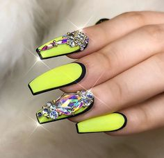Amazing Tips For The Best Summer Nails – NaiLovely Aycrlic Nails, Sexy Nails, Dope Nails, Glam Nails, Glue On Nails, Bling Nails, Beauty Nails, Hair And Nails, Stiletto Nails