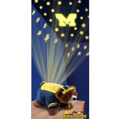 My youngest child has been talking about how she wants a dream lite pillow. Well now that i know Michigan Wolverines Dream Lites Pillow Pets exist, hehehe. Kansas Jayhawks, Michigan Wolverines, Michigan Game, Arkansas Razorbacks, Go Blue, Kentucky Wildcats, Kansas City Royals, Best Pillow, New York Giants