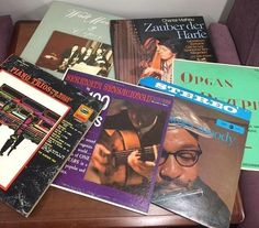 Check out the Harold Schiffman Music Library's Gift Sale! We have lots of LPs and books available at just 25 cents each. Vinyl is back in vogue, so start (or expand) your collection today!  #hsml #uncg #hsmluncg #haroldschiffmanmusiclibrary #musicmaniamonday #vinyl #lps