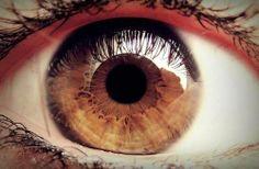 olhos castanhos <3