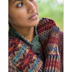 Ladies' Nordic Mittens Knitting Pattern