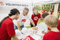 15 Reasons to Get Off the Couch and Volunteer