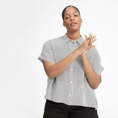The Clean Silk Square Shirt - White / Black Mini Stripe Modern Essentials, Silk Shorts, Got The Look, Professional Outfits, Fashion Lookbook, Ethical Fashion, Fashion Outfits, My Style, Clothes