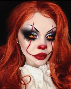 Are you looking for ideas for your Halloween make-up? Browse around this site for creepy Halloween makeup looks. Maquillage Halloween Clown, Creepy Halloween Makeup, Amazing Halloween Makeup, Halloween Eyes, Halloween Makeup Looks, Halloween Nails, Pennywise Halloween Costume, Halloween Halloween, White Contacts Halloween