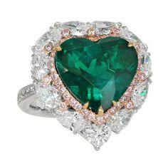 Colombian Emerald Diamond Heart Ring