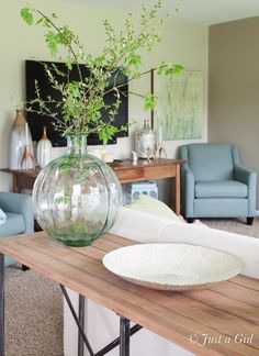 Neutral living room with fresh, spring decor from @Homegoods {sponsored pin}