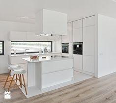 Aranżacje wnętrz - Kuchnia: Atlas Oktawia - Atlas Studio. Przeglądaj, dodawaj i zapisuj najlepsze zdjęcia, pomysły i inspiracje designerskie. W bazie mamy już prawie milion fotografii!