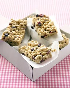This article is a LIFE SAVER!!  Cranberry-Oat Cereal Bars  Pears with Pecans and Honey  Granola (the very best)  from Martha Stewart (of course!)