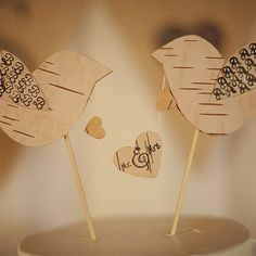 Homemade cake toppers will make your wedding cake even more unique. | 13 Cool Crafts To Make Your Wedding Unique
