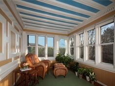 enclosed porch window ideas | You know there are a lot of enclosed porch ideas that you can follow ...