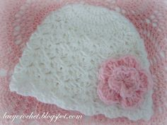 Free Lacy Crochet Newborn Hat Pattern.