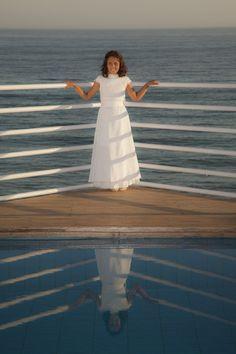 Vestido de comunión, modelo India, de TPKids by Teresa Palazuelo. http://teresapalazuelo.com/blogTPKids/adriana-y-claudia-en-su-primera-comunion/
