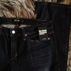 "Joes Boot Cut Jeans Curvy Honey. Dark wash. Never hemmed. I do not trade. 34"" inseam Joe's Jeans Jeans Boot Cut"