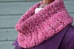 cowl Yarn weight: Worsted Gauge: 18 stitches = 4 inches Yardage: 219 yards m) Shawl Patterns, Knitting Patterns Free, Free Pattern, Knit Cowl, Knit Crochet, Knitting Projects, Crochet Projects, Clothes Crafts, Knitting Accessories