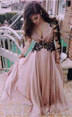 Sandy Beige Long Prom Dresses Deep V neck Long Sleeves Gorgeous Women Prom Gowns with Black Appliques Backless Floor Length Chiffon Dresses 2015