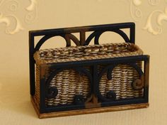 WC/322, wicker planter, scale 1 : 12, made by Will Werson.