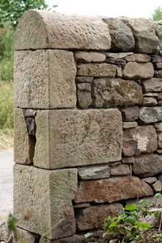 Kings Causeway - Highland Stonecraft You are in the right place about stone bracelet Here we offer y Dry Stone, Brick And Stone, Stone Work, Stone Walls, Stone Retaining Wall, Stone Fence, Stone Cottages, Stone Houses, Fence Design