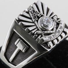 My new Past Master Ring (in two months) Freemason Ring, Skateboard Ramps, Jobs Daughters, Masonic Lodge, Eastern Star, Magic Ring, Freemasonry, Knights Templar, Volkswagen Logo