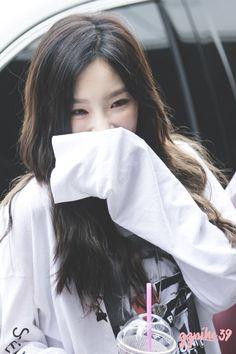 taeyeon pics (@309pics) | Twitter