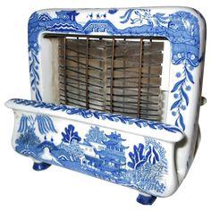 Rare Toastrite Blue Willow Ceramic Electric Toaster from wayne ...