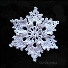 patons yarn snowflake patterns ~~This was one of the prettiest Snowflakes that I've seen! Must do this come winter!I love this crochet snowflake pattern! So pretty and would make great tree ornaments!Here are two free patterns for lacy crochet snowfl Free Crochet Snowflake Patterns, Crochet Stars, Christmas Crochet Patterns, Holiday Crochet, Crochet Snowflakes, Thread Crochet, Crochet Motif, Crochet Flowers, Knit Crochet