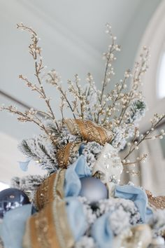 Last year I had a cool blue toned Christmas tree. This year I went with richer blue Christmas decorations creating a decadent blue and gold tree design. Christmas Tree Decorating Tips, Silver Christmas Decorations, White Christmas Trees, Christmas Mantels, Vintage Christmas Ornaments, Christmas Tree Toppers, Beautiful Christmas, Christmas Home, Christmas Villages