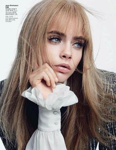 The most popular and wanted model now Cara Delevingne does Twiggy, Penelope Tree and Jean Shrimpton in Vogue China's issue.