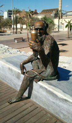 El mico d'Anís del Mono. Badalona - Barcelona, Catalonia